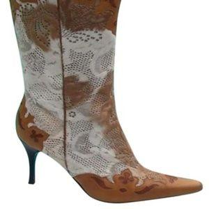 Donald J. Pliner Beige Camel Vika Boots/Booties